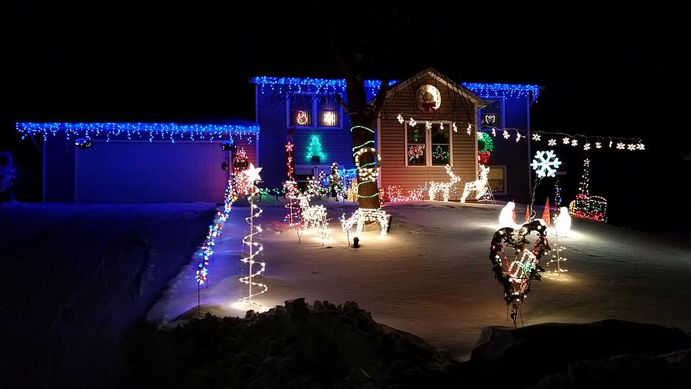 mike checks out some christmas lights in owatonna - How To Tell Which Christmas Light Is Out